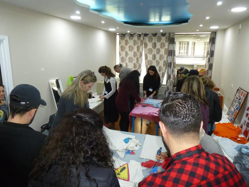 Εθελόντριες δημιουργούν στη Θεσσαλονίκη έναν χώρο για γυναίκες από όλο τον κόσμο